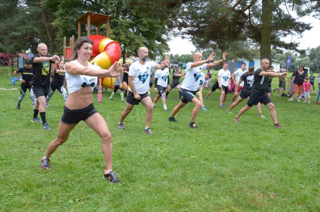Deti a dospelí potrebujú športovať. My im ideme oproti pretekmi, ktoré z nich spravia hrdinov. 6
