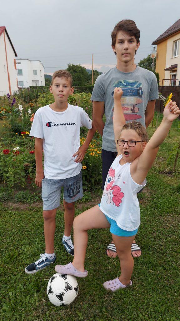 Rozdali sme lopty desiatkám detí z celého Slovenska 5