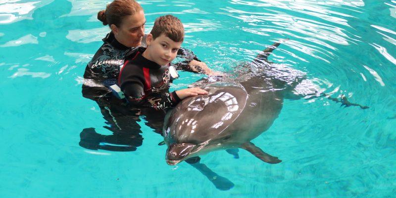 delfinoterapia-marko-rumuncko-constanta-delfin-terapia
